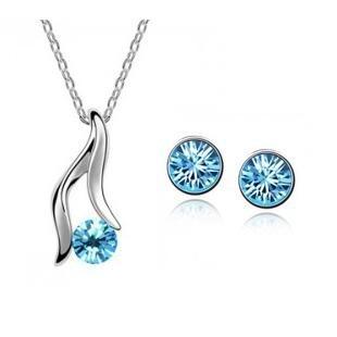 Světle modrý set náhrdelník + náušnice Swarovski elements Victory empty 7afd7470c79